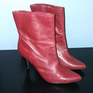 Nine West Red Leather Gretleo Ankle Boot  Sz 9 1/2